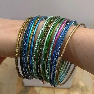 Jewelry - Bangle bracelets - Set of 16 metal bangles